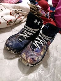 Under Armour size 11.5