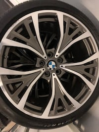 Bmw rims/tires Downers Grove, 60516