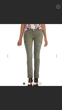 Brand new Women's Jeans White House Black Market Bakersfield, 93311