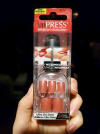 Brand new press on nails