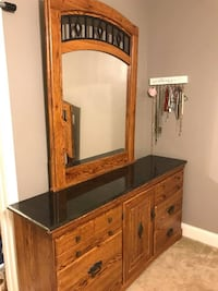 Dresser with Mirror and Nightstand For Sale Athens