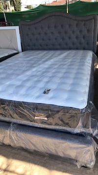 Queen size frame with a 10 year warranty mattress Bakersfield, 93307