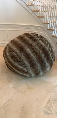 Lovesac with rabbit fur cover, moviesac size Lebanon, 08833