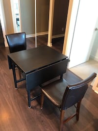 Ikea extendable table 2 wings with 2 chairs Toronto, M5J 2A1