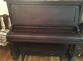Henry F. Miller upright piano (delivery)