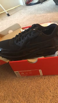 Brand new air max womans 10 Shoes