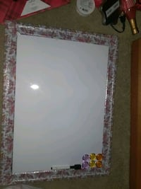 White Board with Magnets and Marker+Eraser