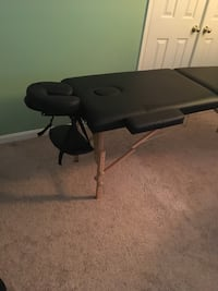 Like new massage table
