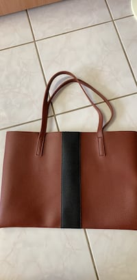 Leather bag new Calgary, T2B 3G1