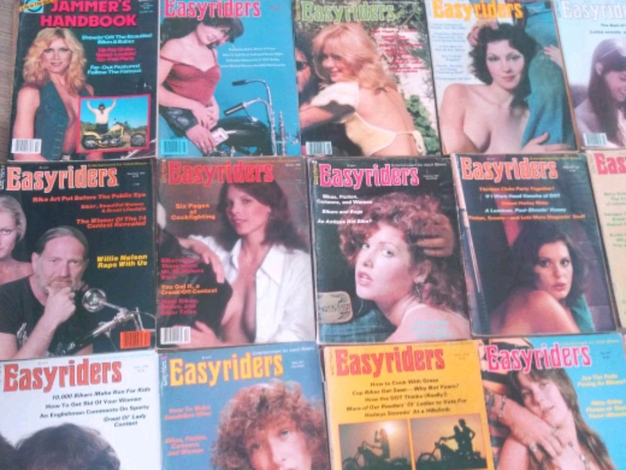 Photo Easy Rider collection still in covers some 70s artwork David Mann