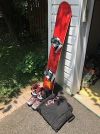 "Snowboard Rossignol Nomad 2 155 ""Volcano"", Vans Boots and Bag - Excellent Condition Reston"