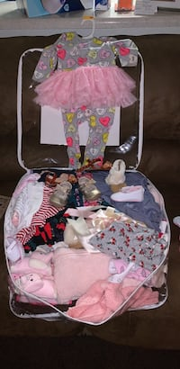 Ton off baby Close everything must go from $1-$3 dollars from 9-12 months