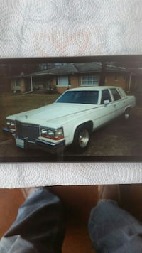 Cadillac - Brougham - 1988 Crown Point