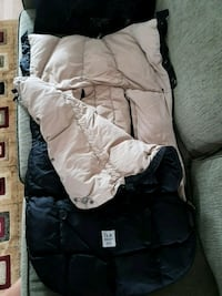 7 AM Enfant Car Seat Cover/Bag Montréal, H1R 2H9