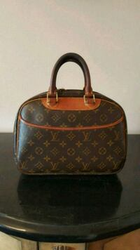 Vintage Louis Vuitton bag Toronto, M9A 5B1