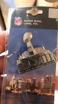 2014 NFL Super Bowl lapel pin
