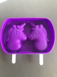 Silicone unicorn mold with lid and popsicle sticks Tinton Falls, 07712
