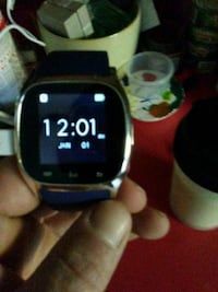 I Tech smartwatch compatible with any phone Androi