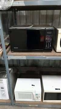 black and gray microwave oven Welland, L3B 5K8
