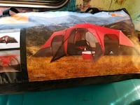 10 person 3 room tent (Brandnew) Pulaski, 13142