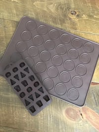 Silicon chocolate mould and  macaroons baking tray Keswick, L4P 3P2