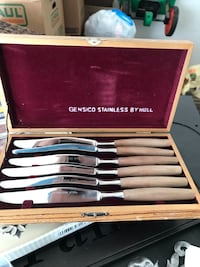 Vintage 1960s Gensico by Hull 6 piece steak knive set with box. Mason