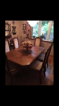 Rectangular brown wooden table with chairs Smithville, L0R