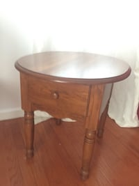 Round brown wooden side table Agawam, 01001