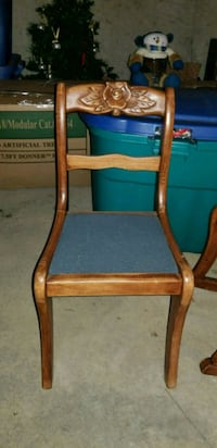 Set of 2 Antique child size chairs Lancaster, 17602