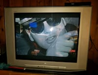 "Sony Trinitron 35"" great picture. Side of the road Falls Church, 22044"