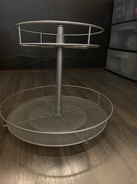 Two tier lazy susan