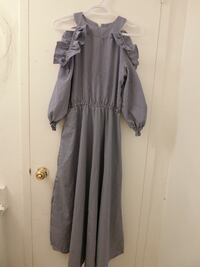 gray and white long-sleeved dress Toronto, M3N 2T2