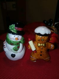 Snow & Gingerbread Man Shakers Burnaby, V5A 4G5