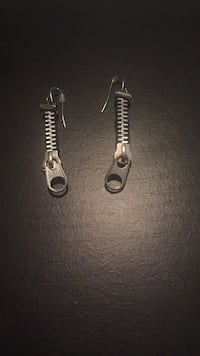 Silver-colored pendant earrings 48 km