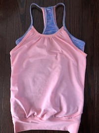 Girls athletic top sz 8 EUC Toronto, M9P 1P7