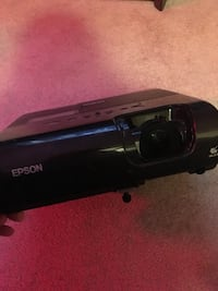 Epson Powerlite 77C Home Theatre Projector-New Bulb!!