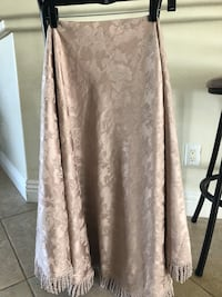 Round table cloth 5 feet diameter never used