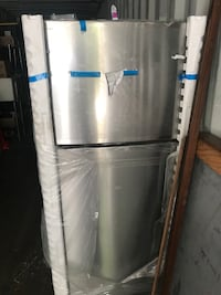 stainless steel top-mount refrigerator Dallas, 75201