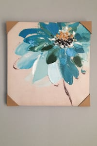 Matching set of 2 Flower paintings
