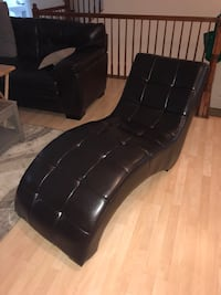 Brown leather chaise lounge/chair