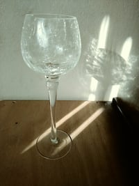 clear long-stem wine glass