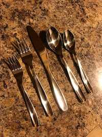 Stainless steel flatware for 8 people (40 pieces in total)  Mississauga, L5M 1Y4