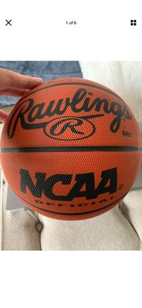 Lakers Chick Hearn & Phil Jackson signed basketball
