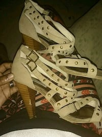 Strappy heels size 9 in a half Baltimore, 21213