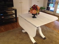 Antique Dropleaf Table.  Only needs new paint  Anaheim, 92807