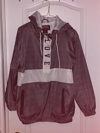 LOVE windbreaker overhead jacket Toronto, M6G 3Y4