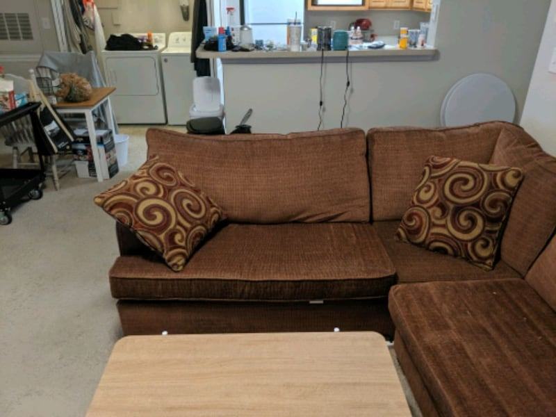 Couch and Coffee Table 15e3bc45-ef96-45e7-bd07-6ab5f0d975c4
