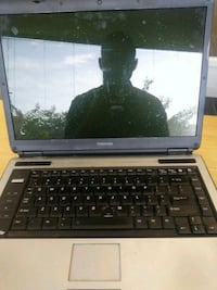 Old toshiba  laptop Winchester, 22602