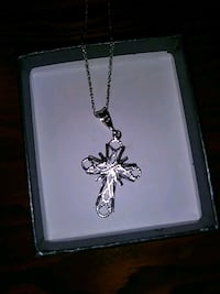 925 sterling silver cross pendant and chain Eagle Lake, 33839