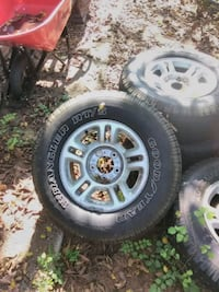 Rims an tires all 4 great condition dodge f150 Hyattsville, 20785
